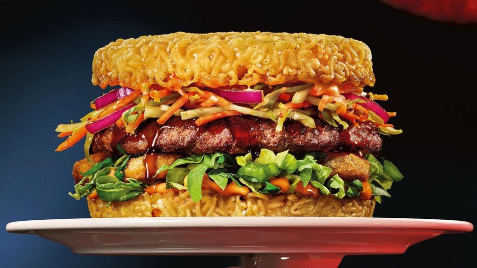 Red Ramen Burger
